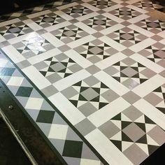 #RD101 #RDB205 #marmoleum #debruyns #debruyn #flooring #tile #border #design #bespoke #forbomarmoleum #forbo
