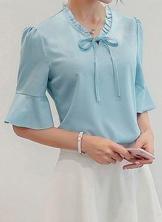 Blusas Poliéster Informal La mitad de manga Cuello redondo Liso (1118963) @ Half Sleeves, Blouse Designs, Casual, Office Chic, Jeans, Blouses, Dresses, Women, Fashion