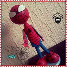 hombre araña,hombre araña mira es el hombre araña...... manualidades en foami fofucho spiderman