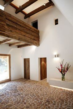 une ferme renovee dans la campagne allemande planete deco a homes world - The world's most private search engine Interior Architecture, Interior And Exterior, Interior Design, Spanish Style Homes, My Dream Home, Sweet Home, New Homes, House Design, House Styles