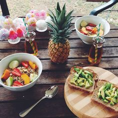 A lovely breakfast for lovely people!   * Get your Detox on with 10% off using our discount code 'Pinterest20' at checkout: www.stayleantea.com.au