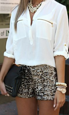 love the look of the outfit. Super cute. Accessories def help dress an outfit up.
