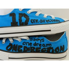 Cutest One Direction shoes eva! Gonna do this to my shoes like this. One Direction Shoes, One Direction Logo, One Direction Fashion, One Direction Lockscreen, One Direction Zayn Malik, Red Converse, Converse Sneakers, Going Barefoot, Couture Week