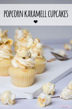 Seit dem ich das Popcorn Törtchen zu Silvester gebacken habe, habe ich mich in die Kuchen-Popcorn Kombi ja absolut verliebt ♥ Und seit dieser Cupcake Variante erst recht!  Fluffiger, weicher Vanilleboden, leichte Mascarpone Creme, goldglänzendes Karamell und on Top ein süßes, knuspriges Popcorn ♥ Ich hoffe Euch wird diese Kombi genauso gut gefallen wie mir :)  Rezept findet Ihr auf dem Blog :)