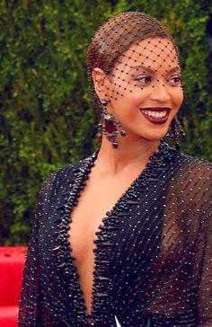 Beyonce at the 2014 MET Gala