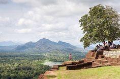 Mondon joulukalenteri LUUKKU 1: Täällä haluaisimme olla juuri nyt, Sigiriya, Sri Lanka. #24matkaideaa #mondolöytö #joulukuu #SriLanka #Sigiriya