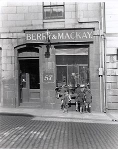 Berry and Mackay : mechanical genius Granite City, Aberdeen Scotland, City By The Sea, My Family History, City Streets, Berry, Nautical, Castle, Street View