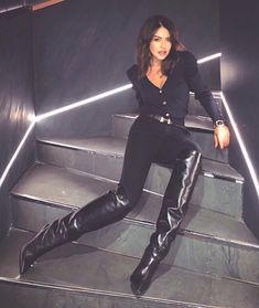 Fashion Boots, Girl Fashion, Fashion Outfits, Thigh High Boots Heels, Heeled Boots, Winter Boots Outfits, Cool Boots, Thigh Highs, Over The Knee Boots