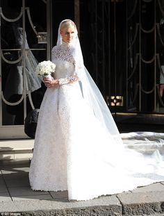 The OAK: OH EM GEE: Nicky Hilton's Wedding Dress