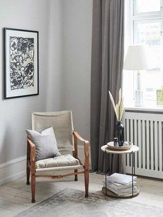 En perle med landdesign med et farvel Living Room Nook, Cosy Corner, Pergola Garden, Poufs, Nordic Style, Minimalist Decor, Dahlia, Accent Chairs, Sweet Home