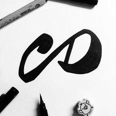 Por fin he acabado el isotipo! Ahora a comer un Burger King!😁 #lettering #handlettering #calligraphy #typography #graphicdesign #design #diseñográfico #diseño #logo #blackandwhite #wip #vsco #vscocam #studiosananikone