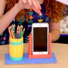 SCHOOL SUPPLIES It's back-to-school season so here's how you can turn this into fun for both you & your kid!It's back-to-school season so here's how you can turn this into fun for both you & your kid! Diy Crafts For Home Decor, Diy Crafts Hacks, Diy Crafts For Gifts, Diy Arts And Crafts, Craft Stick Crafts, Creative Crafts, Diys, Cool Paper Crafts, Paper Crafts Origami
