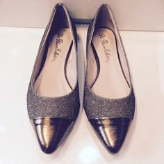 Blossom 'Liam-1' Bronze sparkle flats New in box! Shoes Flats & Loafers
