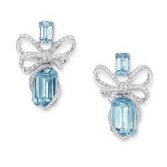 VanLeles Timeless Wonders earrings in white gold with aquamarines and diamond bows Aquamarine Earrings, Diamond Earrings, Bow Earrings, Jewellery Earrings, Diamond Bows, Aqua Marine, High Jewelry, Something Blue, Bracelet Set