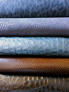 Beautiful leathers in our packs of Animal Scraps Leather 😉 of wonderfull and different colors pieces!