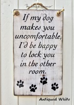 Wood Dog Sign family rustic wood sign love by TheVintageHammer by ernestine Porch Wood, Dog Home Decor, Wood Signs Sayings, Funny Sayings, Home Sayings, Wood Dog, Ideas Geniales, Yorkies, Porch Signs
