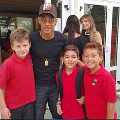 "C A M P E O N E S on Instagram: ""Bae with little fans,in the first day of Davi's school ❤️"""