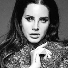 FERNANDA BARBA. Lana del Rey wearing the pyramid ring. Stainless steel and concrete.   Contact: iam.lafier@gmail.com