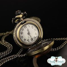 Colar Relógio Vintage http://static.airu.com.br/img/product/airu/0030/151/colar-relogio-vintage_1351129984078_BIG.jpg