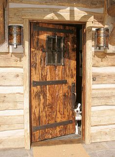 Rustic Doors, Wooden Doors, Cheap Log Cabins, Building A Stone Wall, Barn Door Latch, Small Log Cabin, Chalet Design, Custom Gates, Stone Pillars