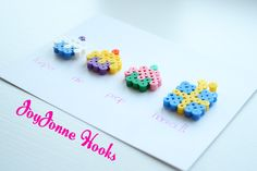 HAMA beads and cards to make! Perler Bead Designs, Hama Beads Design, Perler Beads, Diy Arts And Crafts, Bead Crafts, Karten Diy, Iron Beads, Melting Beads, Quilling Cards