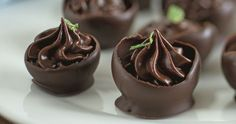 Pastries with chocolate ganache recipe mint