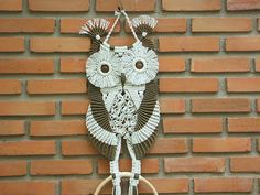 Hey, I found this really awesome Etsy listing at https://www.etsy.com/es/listing/117813249/macrame-owl-mother-and-her-baby-ii