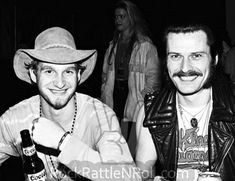 Layne Staley & King Diamond hanging out backstage at Starplex Amphitheater in Dallas, TX; October 📷possibly Michael Insuaste. Andrew Wood, Jerry Cantrell, Mad Season, King Diamond, Layne Staley, Tortured Soul, Alice In Chains, Rock Legends, Mothers Love