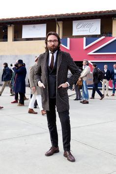 "PITTI UOMO 85 SNAP by BEAMS      Photo from Tatsuya Nakamura ""ELEMENTS OF STYLE"""