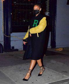 Rihanna Outfits, Rihanna Song, Rihanna Riri, Rihanna Style, Estilo Rihanna, Looks Rihanna, Going Out Outfits, Her Style, Business Women