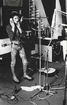 Bowie recording Pin Ups at the Château d'Hérouville in France, 1973.