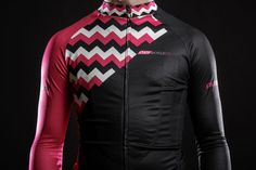 State Bicycle's 'CX' Cycling Jersey and Bib Set boasts red and black sleeves and a chevron design across the top half of the cycling jersey. Our cycling jerseys and bib sets are a favorite gift, too! Cycling Clothes, Cycling Outfit, Bike Kit, Cycling Tips, Cycling Jerseys, Bicycling, Sports Equipment, Bibs, Motorcycle Jacket
