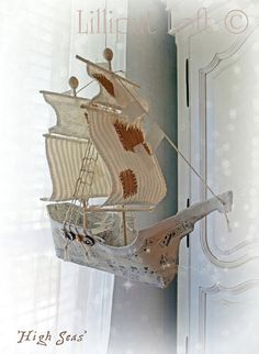 Sailing Ship in Papier Maché - High Seas 3d Paper Crafts, Paper Art, Arts And Crafts, Kids Crafts, Paper Mache Mix, Ann Wood, Origami And Quilling, Wood Bird, Altered Art
