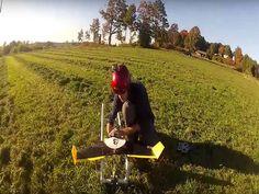 Les chercheurs du MIT ont mis au point un drone autonome d'un nouveau genre. Capable de voler à 50km/h, sa particularité réside dans sa faculté à esquiver les obstacles grâce à un système de navigation embarqué : le Pushbroom Stereo.