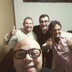 Aquí con estos grandes del #humor #venezolano  Hoy tengo el privilegio de presentar a @laureanomar en el #teatrolasnieves  Gracias a @ikeru_ve por la invitación... A CASA LLENA
