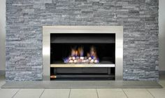 The Jetmaster 850 with topaz pebbles is a striking option sure to draw attention. A stand out piece worthy of any home.
