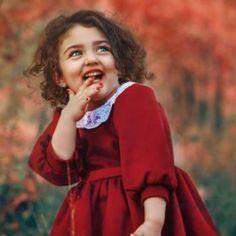 The World Cutest Baby - Anahita Hashemzadeh - My Baby Smiles Cute Baby Girl Photos, Cute Kids Pics, Cute Little Baby Girl, Cute Baby Pictures, Cute Girls, World's Cutest Baby, World's Cutest Girl, Cute Baby Girl Wallpaper, Best Girl Wallpaper