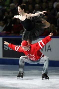 Tessa Virtue and Scott Moir - Canadian Olympic gold medalists - their signature 'goose' move