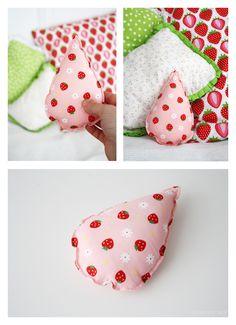 DIY Anleitung: Baby Rassel nähen // diy tutorial: how to sew a rattle via DaWanda.com