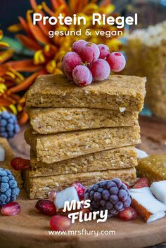 gesunde protein energie riegel vegan mrs flury gesund essen leben - The world's most private search engine Healthy Protein Snacks, Protein Desserts, Protein Foods, Healthy Bars, Protein Smoothies, Healthy Breakfasts, Eat Healthy, Healthy Recipes, Proteine Vegan