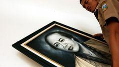 Menurut sejarawan Universitas Padjadjaran, Nina Herlina Lubis, dalam bukunya Kehidupan Kaum Menak Priangan, ayah Dewi Sartika diasingkan ke Ternate lantaran dituduh terlibat percobaan pembunuhan terhadap Bupati Bandung dan pejabat Belanda di Bandung, pada usianya yang baru sembilan tahun. Karena peristiwa itu, Bupati Bandung menganggap Dewi Sartika adalah anak musuh politiknya. Maka dari itu, permintaannya selalu ditolak.