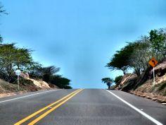 El horizonte se muestra limpio y prometedor. By Iván Lara.