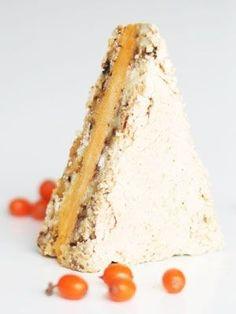 Fragilité med lakrids, hvid chokolade og havtornsorbet har en skøn, syrlig smag, er fantastisk farvefin og fuld af vitaminer.