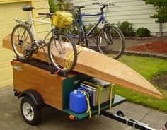 DIY Explorer Box trailers can be built as Tent Topped Campers or Gear Haulers. Here is a Gear Hauler trailer setup for hauling Bikes and a Kayak. Motorcycle Camper Trailer, Utility Trailer Camper, Off Road Camper Trailer, Camper Trailers, Diy Camping, Tent Camping, Camping Gear, Camping Stuff, Camping Equipment