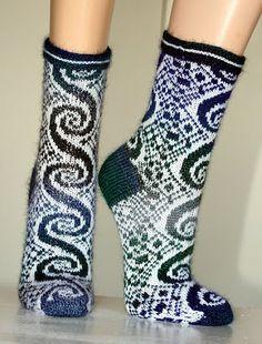.- Calcetines con dibujos tejidos (II)