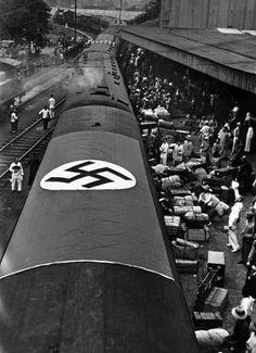 NAZIS' TREN