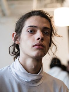 April 14 2018 at from sofysticated Pretty People, Beautiful People, Erin Mommsen, What Is Gender, Edgy Teen, Aesthetic People, French Girls, Androgyny, Poses