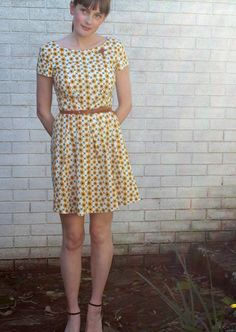 Posts about Simplicity 2444 written by bernieandi Simplicity 2444, Simplicity Patterns, Mod Girl, Sewing Patterns, Sewing Ideas, Sewing Projects, Needle And Thread, Summer Wardrobe, Dressmaking