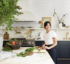 See Inside The Couple S Home Renovation Collaboration With Elizabeth Roberts See Inside The Couple 39 S Home Renovation Collaboration With Elizabeth Roberts Photos Architectural Digest Architectural Digest, Küchen Design, Home Design, Layout Design, Design Ideas, Design Styles, New Kitchen, Kitchen Decor, Kitchen Themes