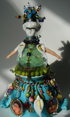 My Frida Kahlo water Globe :-)